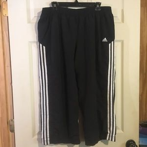 Adidas Cropped Joggers pants Sz xl